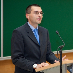 speaking at the Mentor of the Year award ceremony, 2009